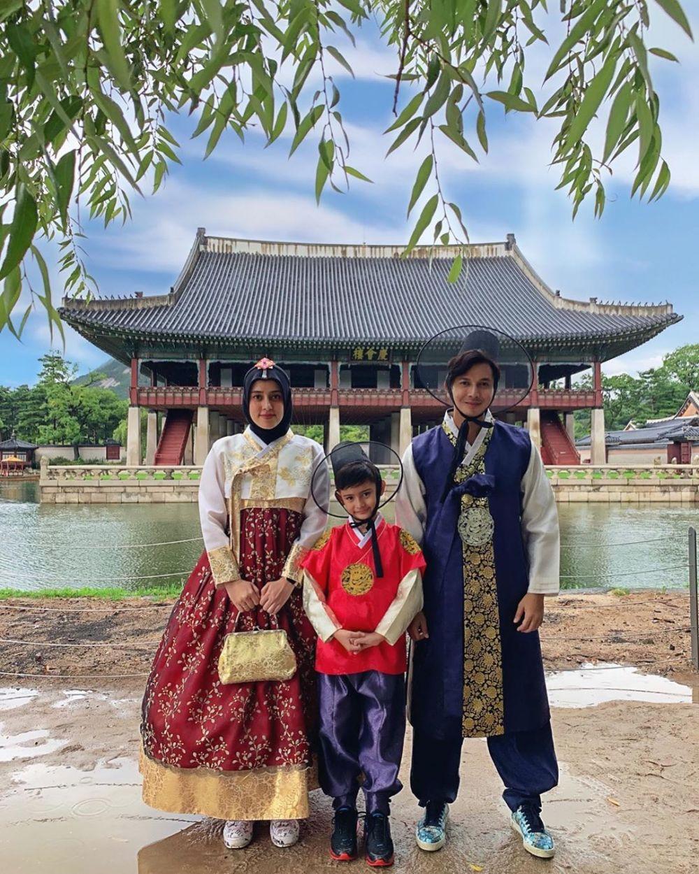 8 Momen seru Fairuz A. Rafiq dan keluarga liburan di Korea Selatan Instagram/@fairuzarafiq