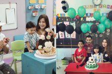 Momen 7 seleb rayakan ulang tahun anak di sekolah, penuh keceriaan