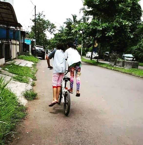 anak kecil sepeda © 2019 brilio.net