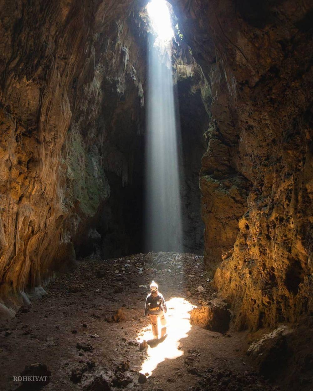 10 Destinasi wisata gua di Jogja keren dan hits Instagram