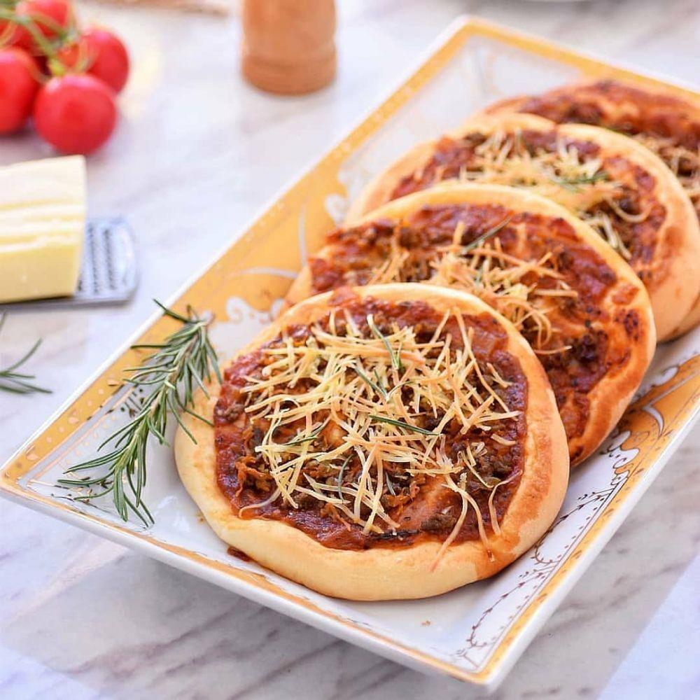 Resep pizza rumahan paling simpel istimewa