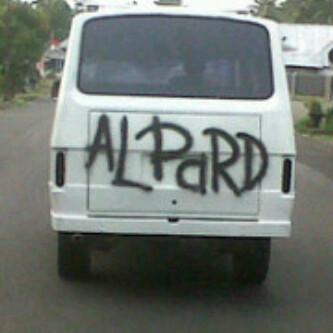 coretan asal di mobil Istimewa