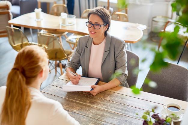 pertanyaan setelah wawancara kerja freepik