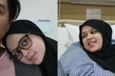 7 Momen Roger dampingi saat Cut Meyriska sakit, suami idaman