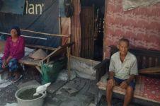 Kisah pasangan lansia tinggal di gubuk & sering puasa saat lapar