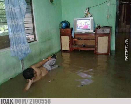 potret menghadapi banjir kocak © berbagai sumber
