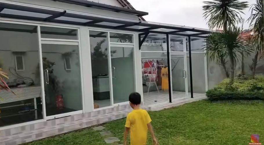 Rumah mewah Bu Dendy YouTube