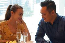 Surat cinta untuk suami dari Rianti Cartwright saat ultah ke-36, haru