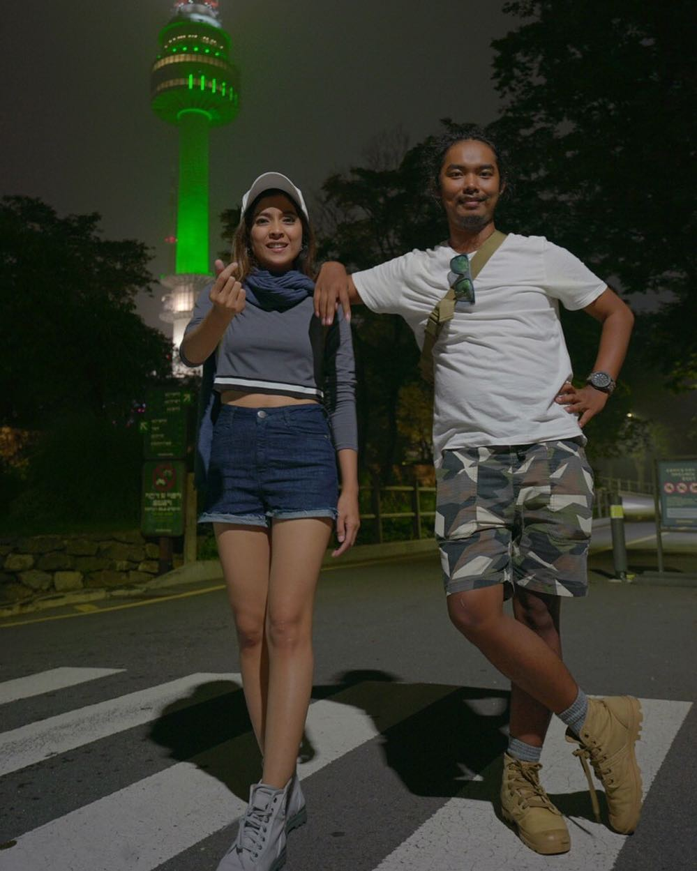 Momen mesra Dodit Mulyanto & kekasih   Instagram