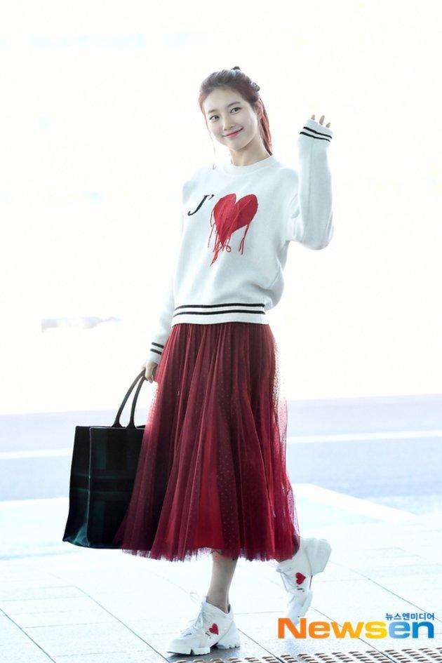 10 Gaya Airport Fashion Bae Suzy Pemeran Vagabond Simpel Stylish