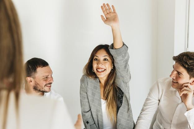 Cara untuk menyampaikan pendapat di kantor agar didengar freepik