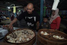 Uma Yum Cha, sensasi makan dimsum restoran bergaya kaki lima