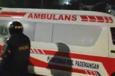 5 Ambulans Pemprov DKI ketahuan angkut bensin & batu saat rusuh