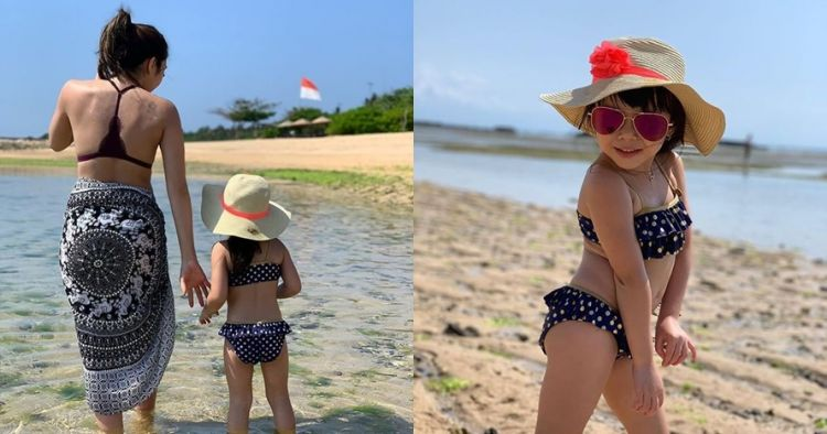 7 Potret liburan Gisel & Gempi di Bali, kompak pakai bikini
