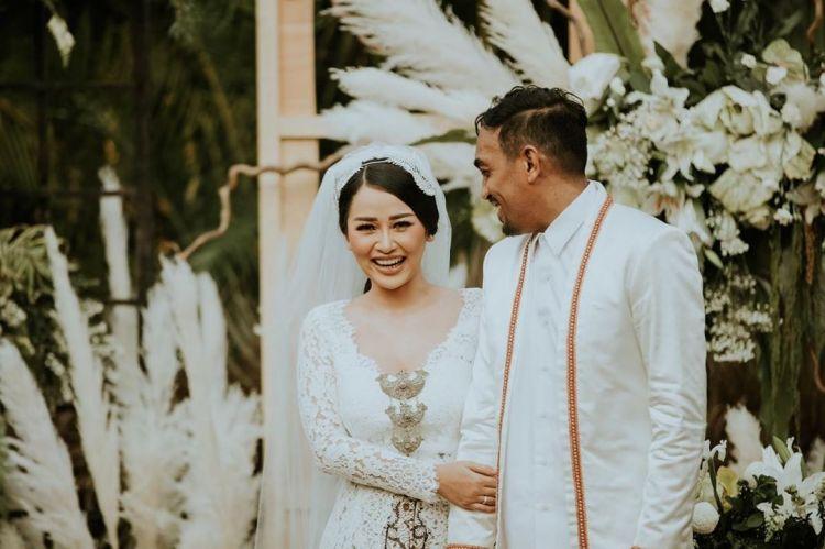 Blak-blakan Glenn Fredly soal pernikahannya, puji sosok Mutia Ayu