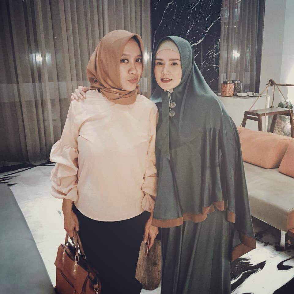 Kedekatan Mulan Jameela & istri mantan suami Instagram