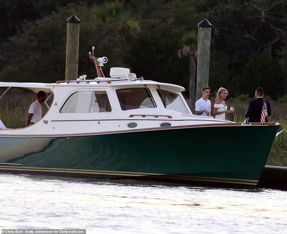 Potret Justin Bieber dan Hailey Bailey jelang pesta pernikahan istimewa