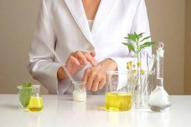4 Cara mudah memilih skincare yang aman untuk kulit