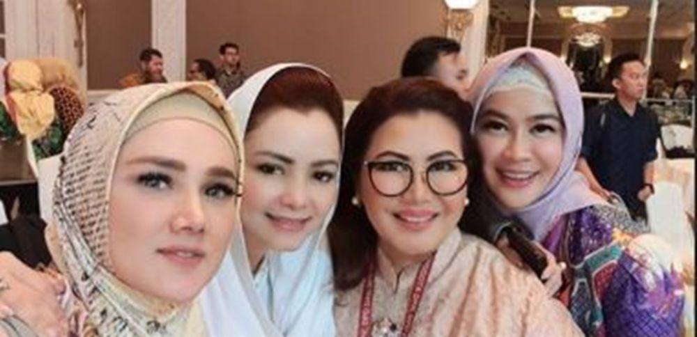 Mulan Jameela jadi anggota DPR © 2019 instagram.com