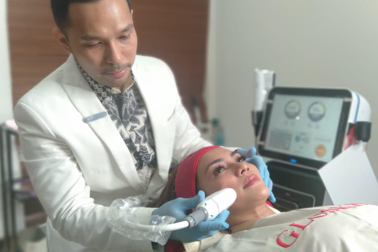Gloskin Ultrafit, teknologi baru mengencangkan kulit tanpa rasa sakit