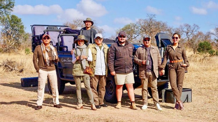 Maia Estianty liburan ke Afrika Selatan, tidur di alam liar