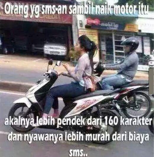 gaya cewek indonesia naik motor tak biasa © berbagai sumber