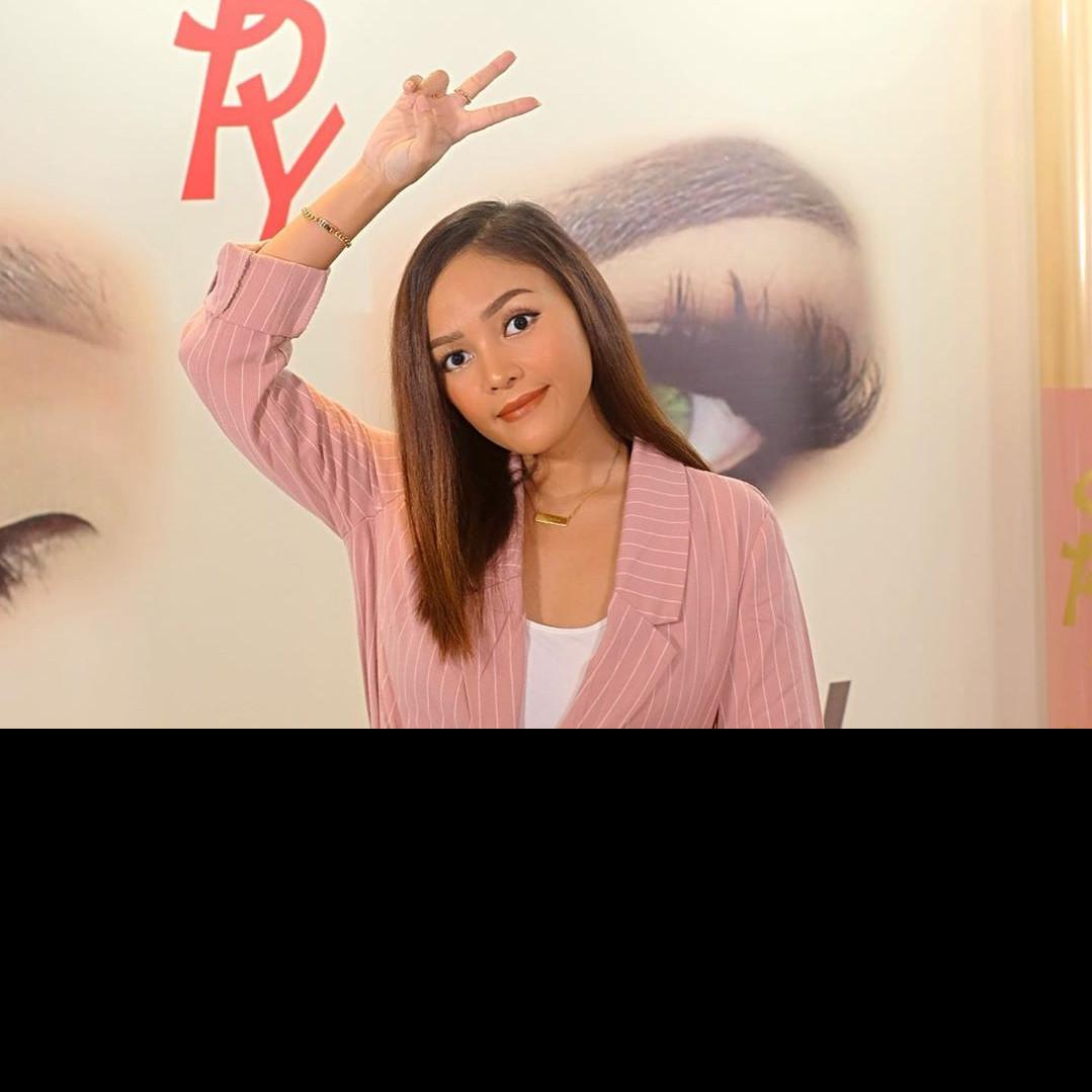 Intip daily makeup ala Rachel Goddard, bisa kamu coba di rumah