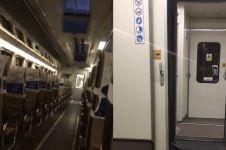 Naik kereta tujuan Bandung, pria ini alami momen menyeramkan