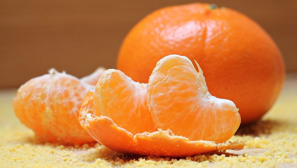 10 Cara hilangkan jerawat dengan buah-buahan, cepat, mudah & murah berbagai sumber