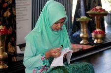 Batik, karya adiluhung Indonesia yang makin digemari milenial