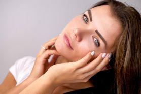 Cara memutihkan kulit wajah, tangan, dan kaki dengan bahan alami