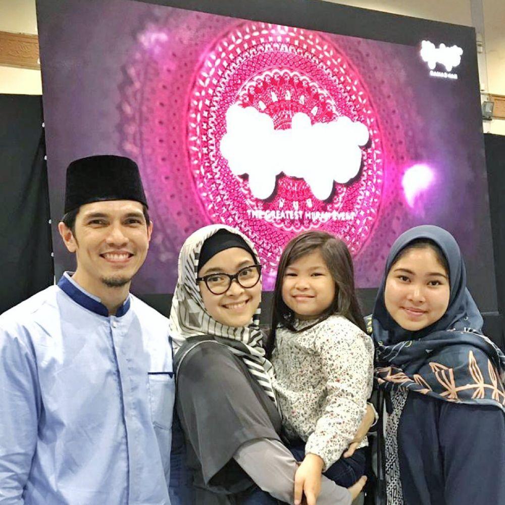 18 tahun menikah, ini 10 potret harmonis keluarga Adrian Maulana © 2019 brilio.net