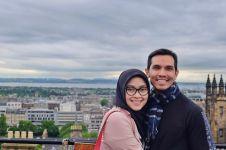 18 tahun menikah, ini 10 potret harmonis keluarga Adrian Maulana