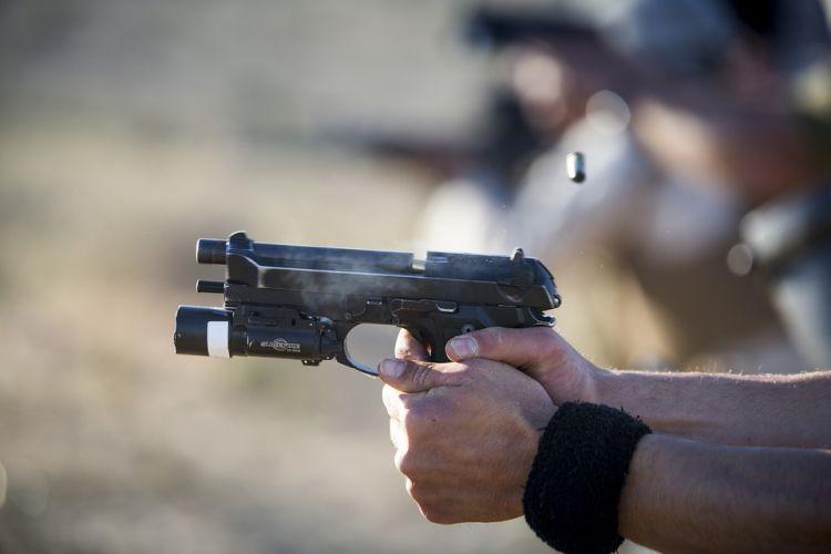 Cekcok berujung tragis, polisi bunuh diri usai tembak istri