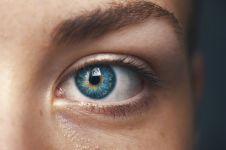 10 Cara mengurangi mata minus, alami, tanpa efek samping