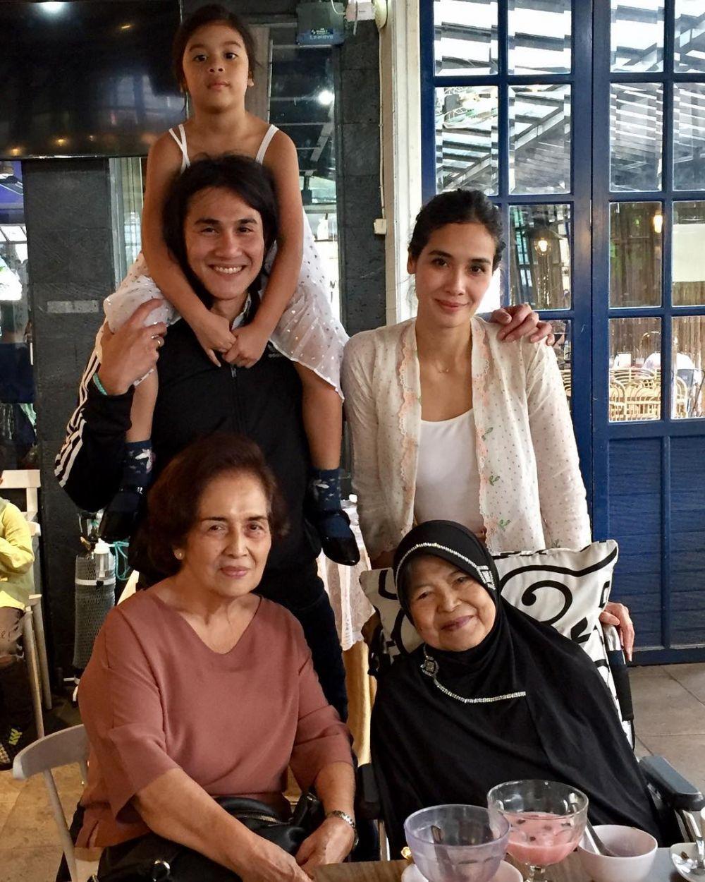 keluarga Vino G Bastian  Instagram