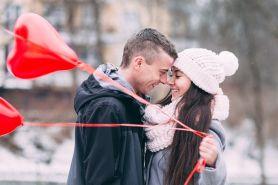 40 Kata-kata cinta bahasa Inggris dan artinya, romantis