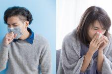Sering dikira sama, ini bedanya batuk pilek biasa dan flu