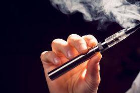 Vape dianggap lebih aman dari rokok, benarkah?