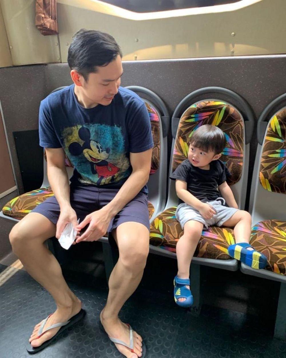 raphael moeis naik bus Instagram