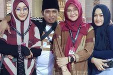 Viral Lora Fadil lip sync lagu 'Madu Tiga' bersama tiga istrinya