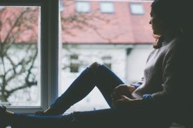 40 Kata-kata galau paling menyentuh hati saat sedih & kecewa