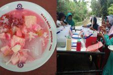 Sensasi Es Campur Prasmanan, cara unik hilangkan dahaga