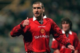 6 Bintang sepak bola ini pernah jalani wajib militer
