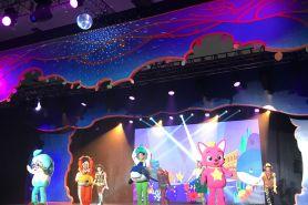 Pertama di Jogja, pertunjukan musik Pinkfong 'Baby Shark' pecah abis