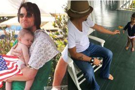 Momen hangat 12 aktor Hollywood lagi main sama cucunya