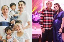 Jarang tersorot, 8 momen kedekatan Ayu Dewi bersama sang ayah