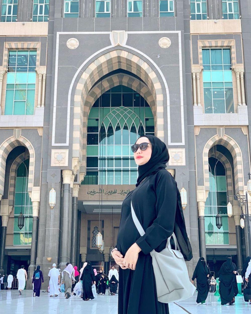 Momen umrah Yulita MasterChef Instagram