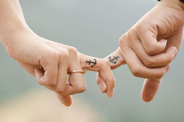 39 Kata Kata Romantis Buat Pacar Yang Jauh Jadi Kian Cinta