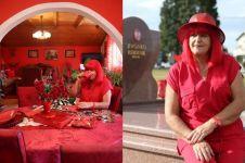 Perempuan ini terobsesi warna merah, kisahnya bikin geleng-geleng
